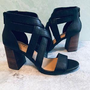 Lucky Brand Vyrah Black Leather Heeled Sandals 6.5